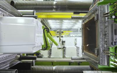 Najveća mašina za brizganje plastike na svetu stiže u Inđiju – ENGEL Duo 5500 tona